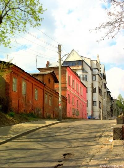 Улица Бажанова
