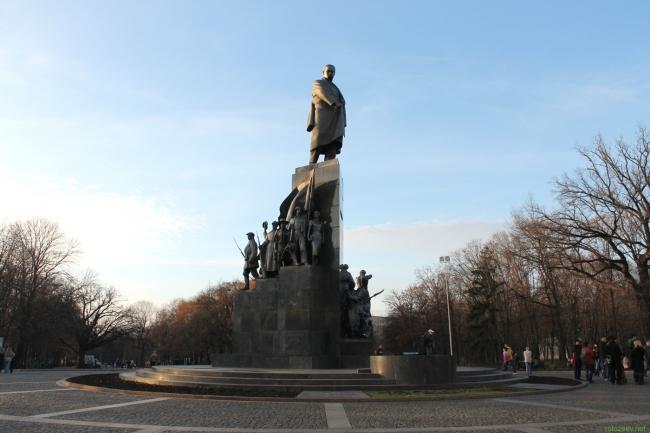 Харьков, памятник Шевченко