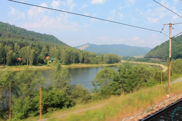 Словакия: вид из окна поезда