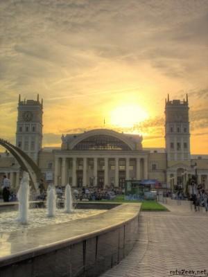 Харьков: здание вокзала (hdr)
