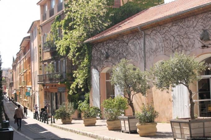 Прованс, Франция day1_ex_1
