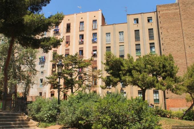 Банальный дом в Барселоне