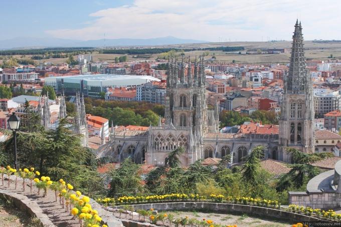 Бургос, Испания. Вид на собор.